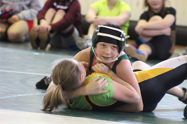 Springfield Wrestlers Make Local Waves At Back-To-Back Wrestling Tournaments